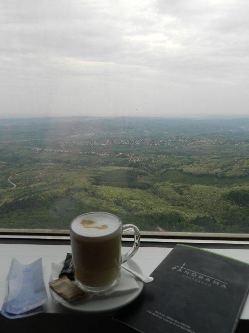 Panoramski razgled, Avanski stolp